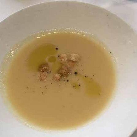 Dish, Food, Leek soup, Cuisine, Potage, Vichyssoise, Soup, Velouté sauce, Ingredient, Cream of mushroom soup,