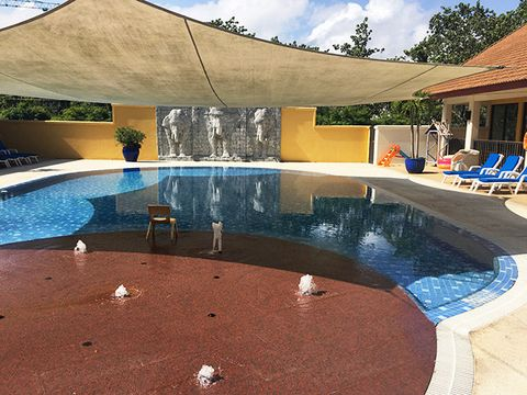 Swimming pool, Property, Shade, Water, Leisure, House, Real estate, Home, Design, Architecture,