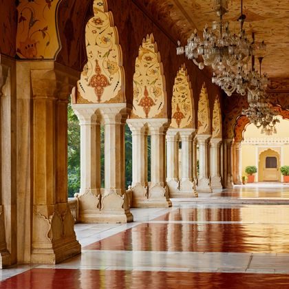 Column, Holy places, Building, Architecture, Place of worship, Wat, Interior design, Temple, Palace, Arch,