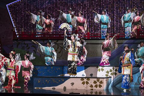 Performance, Stage, Event, Performing arts, Performance art, Peking opera, Sport venue, Competition, World, Games,