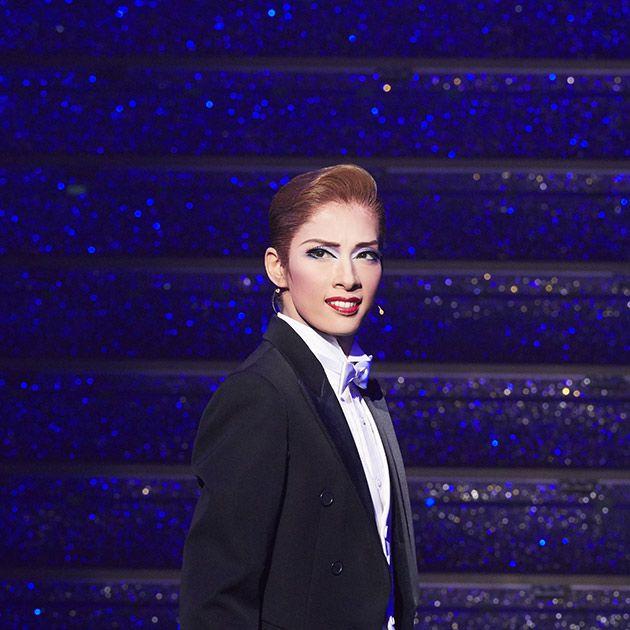 Suit, Formal wear, Tuxedo, Cobalt blue, Fashion, Electric blue, Event, Fashion design, Pantsuit,