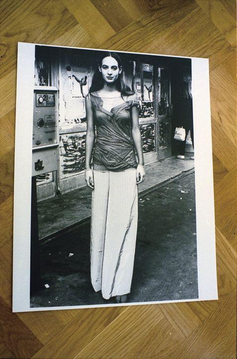 Photograph, Snapshot, Room, Black-and-white, Art, T-shirt,