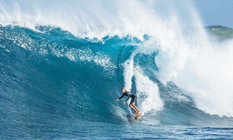Wave, Surfing Equipment, Surfing, Wind wave, Boardsport, Surfboard, Surface water sports, Skimboarding, Water sport, Ocean,