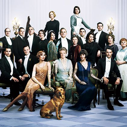 Social group, Event, Dog, Canidae, Team, Sporting Group, Formal wear, White-collar worker, Family,
