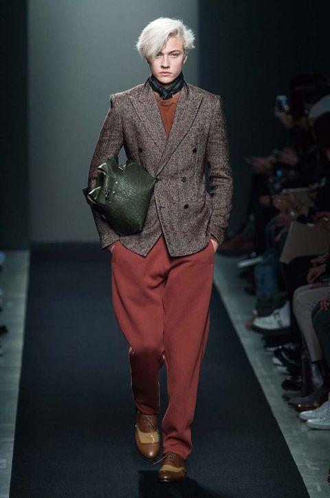 Textile, Outerwear, Style, Fashion, Runway, Fashion show, Fashion model, Street fashion, Fur, Fashion design,