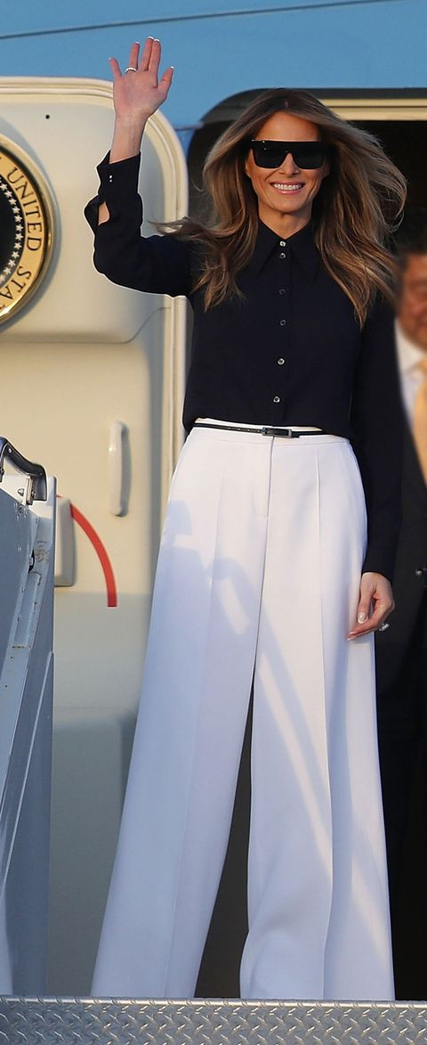 Sleeve, Collar, Outerwear, White, Formal wear, Style, Suit, Blazer, Suit trousers, Waist,