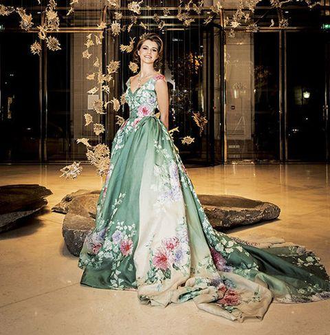 Dress, Textile, Formal wear, Gown, Floor, Fashion, One-piece garment, Embellishment, Fashion model, Haute couture,
