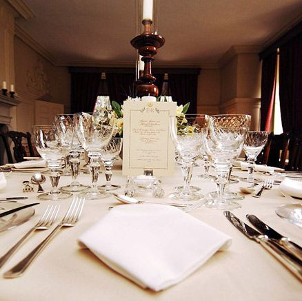 Decoration, Wedding banquet, Restaurant, Centrepiece, Rehearsal dinner, Function hall, Table, Stemware, Banquet, Wine glass,