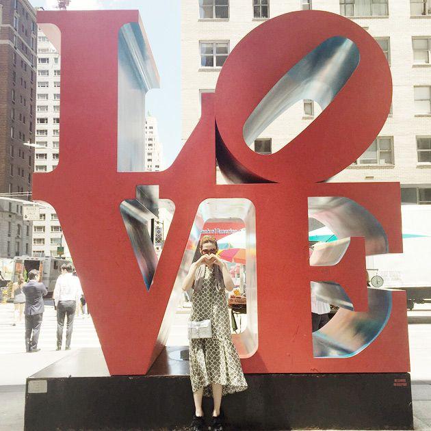 red, sculpture, architecture, art, design, metropolitan area, statue, city, window,