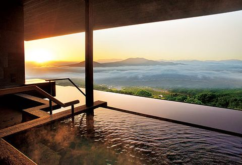 Landscape, Sunlight, Sunset, Resort, Reflection, Shade, Sunrise, Evening, Daylighting, Eco hotel,