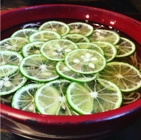 Lime, Key lime, Food, Citrus, Ingredient, Lemon, Plant, Cuisine, Produce, Fruit,