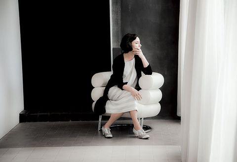 Photograph, Shoulder, Snapshot, Sitting, Leg, Photography, Joint, Shoe, Photo shoot, Stock photography,