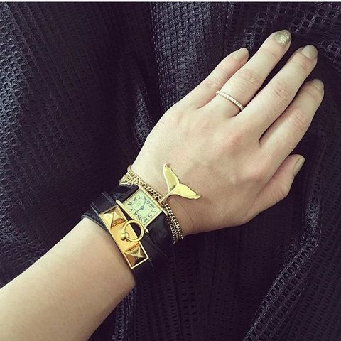 Finger, Yellow, Bracelet, Wrist, Fashion accessory, Hand, Jewellery, Turquoise, Fashion, Metal,