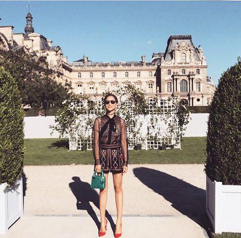 Fashion, Street fashion, Footwear, Sky, Beauty, Shoe, Dress, Leg, Summer, Tourism,