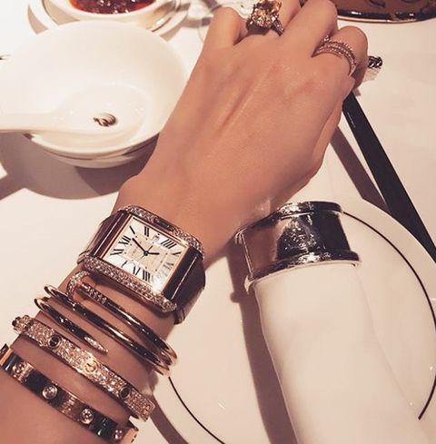 Bracelet, Bangle, Wrist, Arm, Fashion accessory, Jewellery, Fashion, Wristband, Hand, Beige,