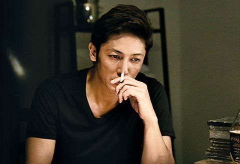 Face, Smoking, Lip, Nose, Beauty, Chin, Mouth, Tobacco products, Cheek, Cigarette,