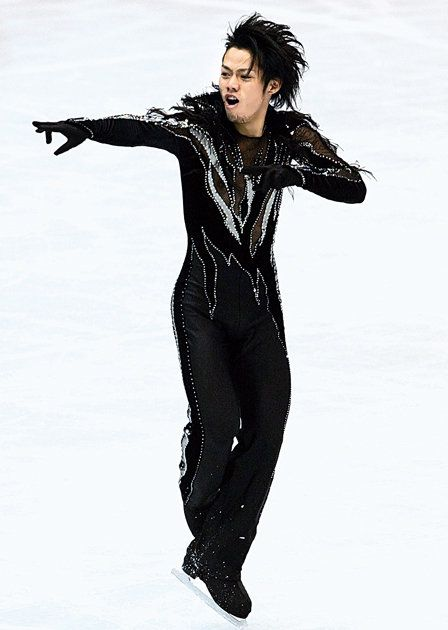 Standing, Fashion, Jacket, Recreation, Photography, Jumping, Black hair, Ice skating, Trousers,