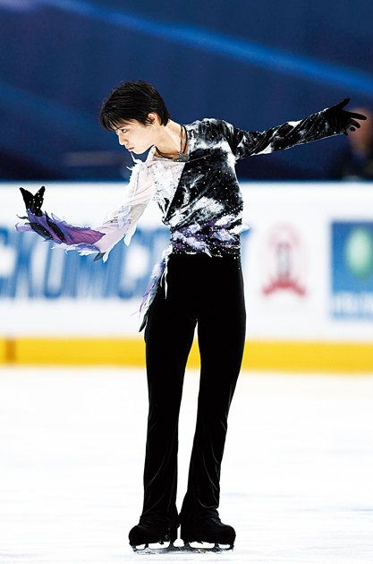 Figure skate, Skating, Figure skating, Ice skating, Ice dancing, Ice rink, Axel jump, Recreation, Ice skate, Sports,