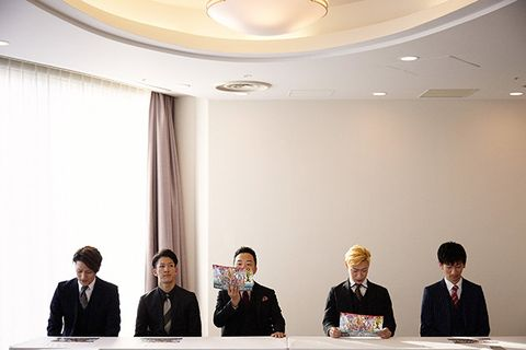 Event, Businessperson, Sky, Company, Management, Business, White-collar worker, Conference hall, Conversation, Seminar,
