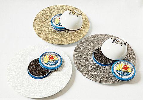 Serveware, Hat, Tableware, Dinnerware set, Saucer, Headgear, Fashion accessory, Dishware, Porcelain, Cowboy hat,
