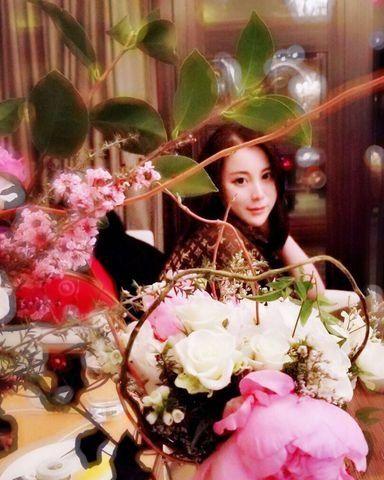 Flower Arranging, Flower, Pink, Floristry, Floral design, Plant, Artificial flower, Bouquet, Petal, Photography,