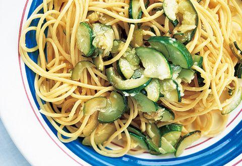 Dish, Food, Cuisine, Noodle, Ingredient, Spaghetti, Chinese noodles, Chow mein, Capellini, Spaghetti aglio e olio,