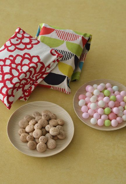 Food, Sweetness, Pink, Cuisine, Marshmallow, Muisjes, Confectionery, Beschuit met muisjes, Ingredient, Candy,