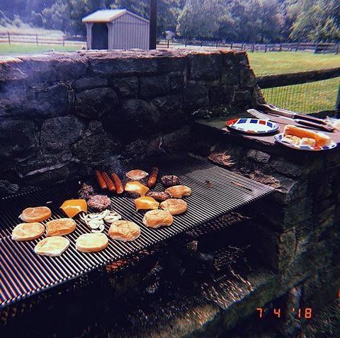 Barbecue, Barbecue grill, Grilling, Cooking, Outdoor grill, Cuisine, Outdoor grill rack & topper, Food, Dish, Sky,