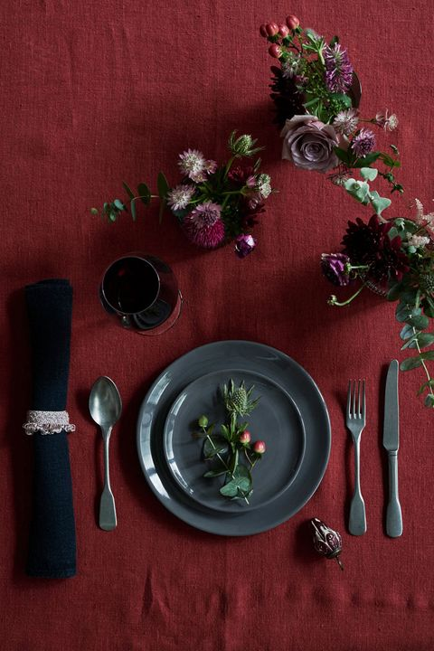 Still life photography, Tablecloth, Still life, Textile, Linens, Plant, Placemat, Table, Herb, Tableware,