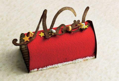 Red, Handbag, Bag, Coin purse, Fashion accessory,