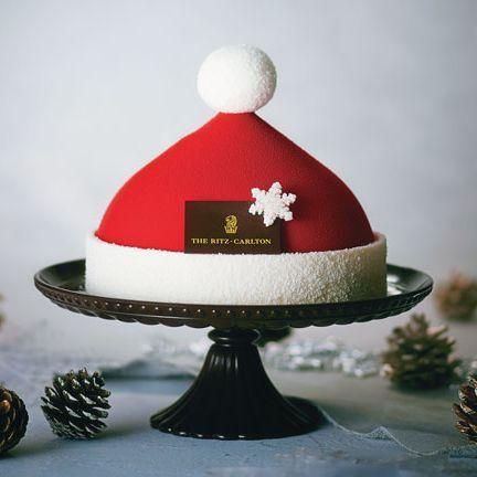Red, Cake, Tree, Headgear, Dessert, Food, Christmas ornament, Cap, Hat, Fondant,