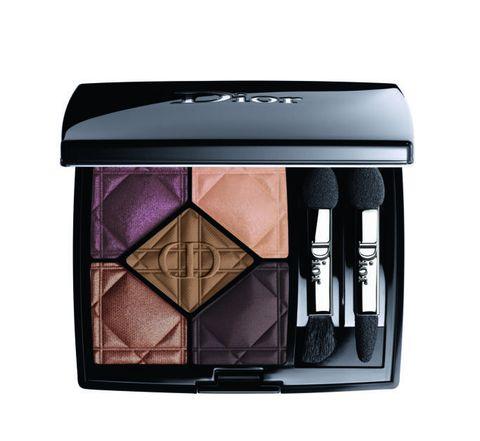 Eye shadow, Cosmetics, Eye, Beauty, Violet, Purple, Material property, Beige,