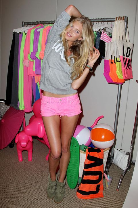 Pink, Leg, Thigh, Human leg, Blond, Fun, Footwear, Shorts, Shoe, Style,