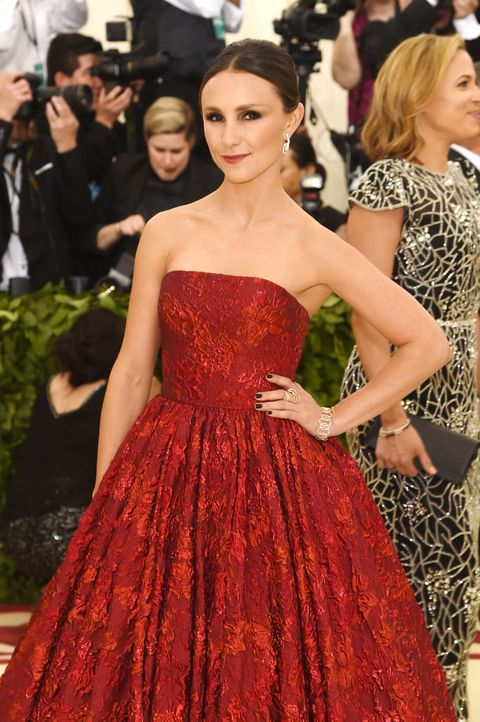 Fashion model, Dress, Gown, Clothing, Red carpet, Carpet, Shoulder, Strapless dress, Fashion, Haute couture,