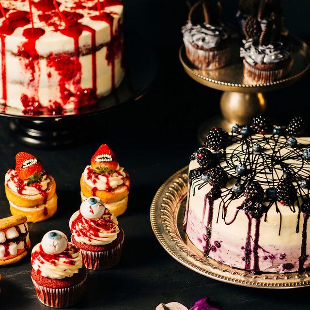 Cake, Food, Dessert, Cake decorating, Buttercream, Icing, Baking, Cuisine, Baked goods, Sweetness,