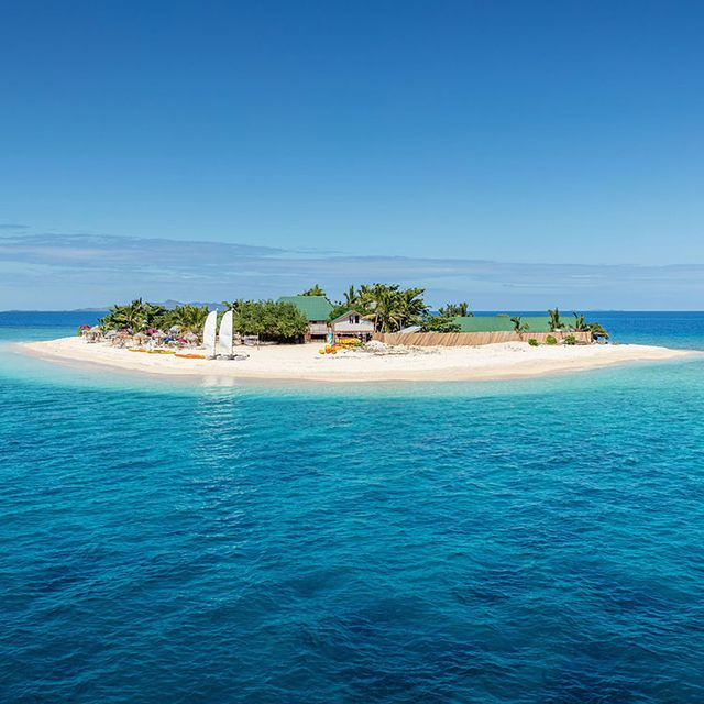 Body of water, Sea, Ocean, Coastal and oceanic landforms, Sky, Island, Tropics, Islet, Coast, Azure,