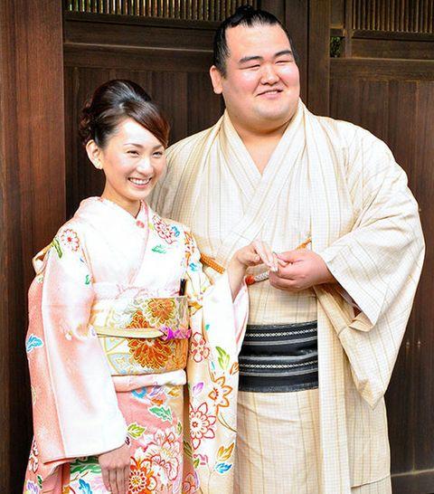 Smile, Textile, Happy, Facial expression, Temple, Tradition, Kimono, Costume, Laugh, Silk,