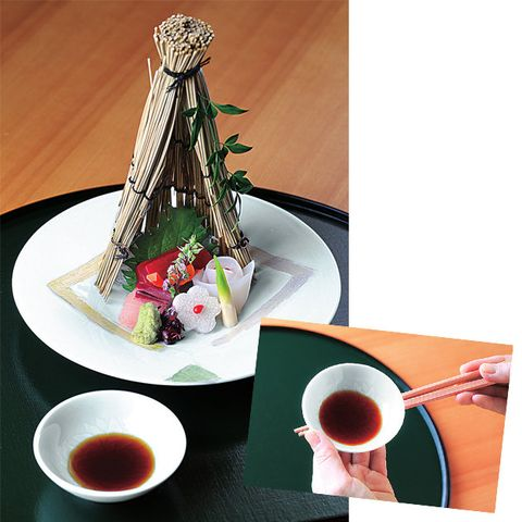 Food, Chinese herb tea, Dish, Cuisine, Chopsticks, Tableware, Tea, Drink, Comfort food, Cup,