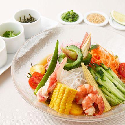 Dish, Food, Cuisine, Ingredient, Meal, Produce, Vegetarian food, Lunch, Vegetable, À la carte food,