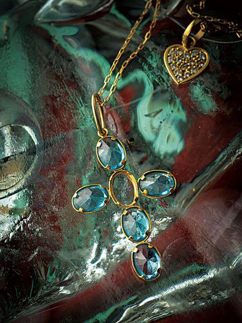 Turquoise, Fashion accessory, Aqua, Body jewelry, Jewellery, Turquoise, Gemstone, Still life photography, Metal,
