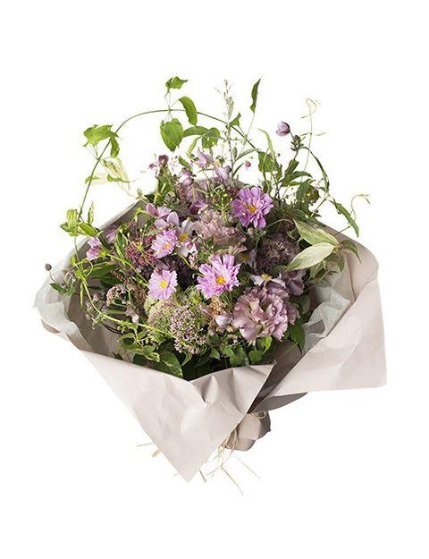 Flower, Flowering plant, Bouquet, Plant, Cut flowers, Floristry, Flowerpot, Flower Arranging, Grass, Floral design,