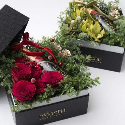 Grave, Flower, Floristry, Plant, Headstone, Cut flowers, Flower Arranging, Bouquet, Floral design, Rose,