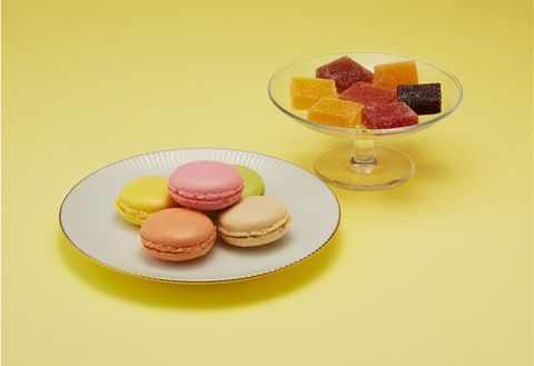 Macaroon, Food, Sweetness, Cuisine, Finger food, Dessert, Baked goods, Ingredient, Sandwich Cookies, Recipe,