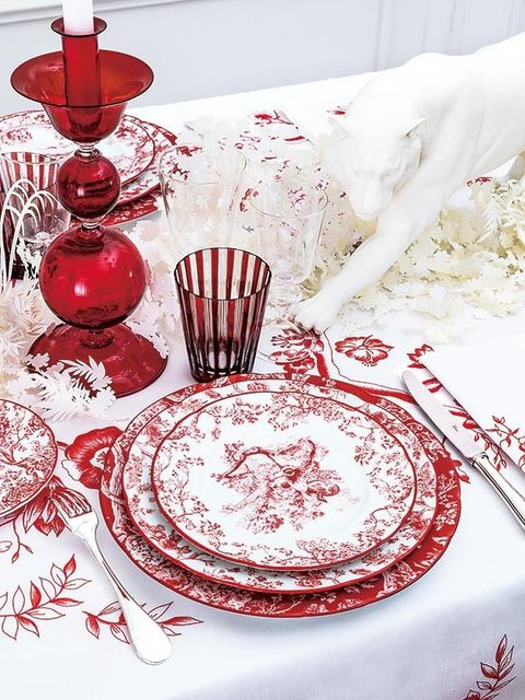 Red, Table, Tablecloth, Tableware, Dishware, Textile, Porcelain, Plate, Dinnerware set, Serveware,