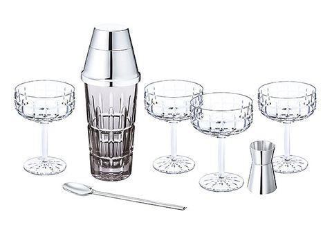 Drinkware, Highball glass, Glass, Old fashioned glass, Tumbler, Tableware, Line art, Barware, Stemware,