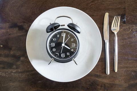 Clock, Wall clock, Home accessories, Furniture, Tableware, Circle, Plate, Interior design,