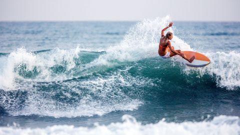 Surfing Equipment, Wave, Wind wave, Surfing, Surfboard, Surface water sports, Boardsport, Skimboarding, Wakesurfing, Water sport,