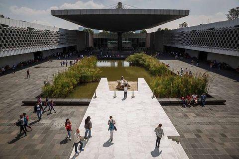 Architecture, Building, City, Leisure, Urban design, Courtyard, Pavilion, Tourism, Sport venue, Tourist attraction,