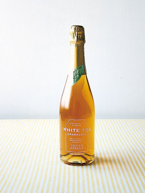 Bottle, Glass bottle, Drink, Alcoholic beverage, Champagne, Liqueur, Distilled beverage, Sparkling wine, Beer bottle, Alcohol,