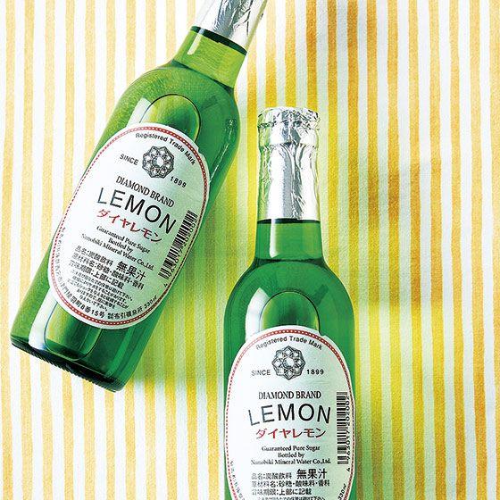 Bottle, Drink, Alcoholic beverage, Liqueur, Distilled beverage, Glass bottle, Whisky, Alcohol, Beer bottle, Scotch whisky,